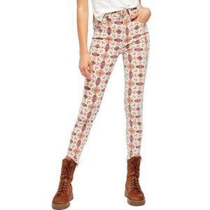 Free People Wild Child Skinny Jeans NWOT 28